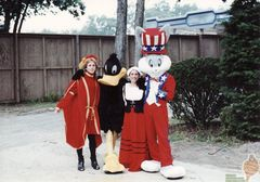 Bugs & Daffy with two storytellers