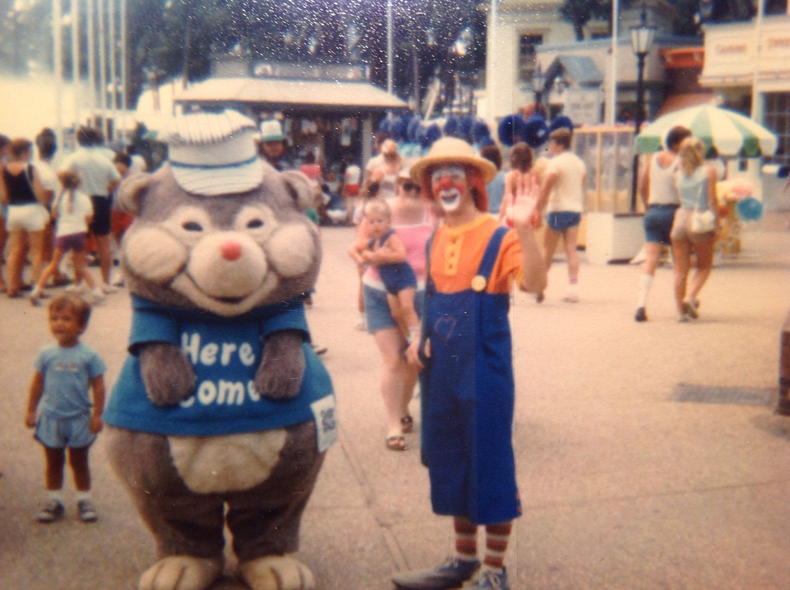 Digger Mole and Loho the clown