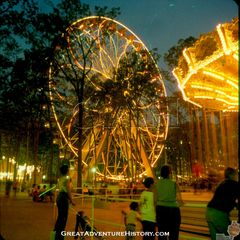 GA-021-Giant-Wheel-at-Night.jpg