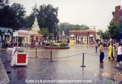 Entrance Area Floods 2000.jpg