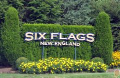 Six Flags New England Entrance Roadway