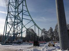 February   Construction In snow   adding supports To Kingda Ka