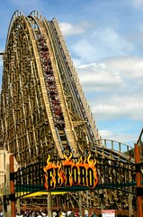 2017 El Toro Wins the Best Wooden Coaster Golden Ticket