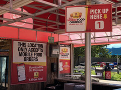 Mobile Dining signs copy.jpg