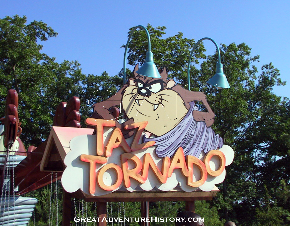 Taz tornado ride